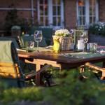 Gemütliche Atmosphäre im Garten der Alten Friesenstube